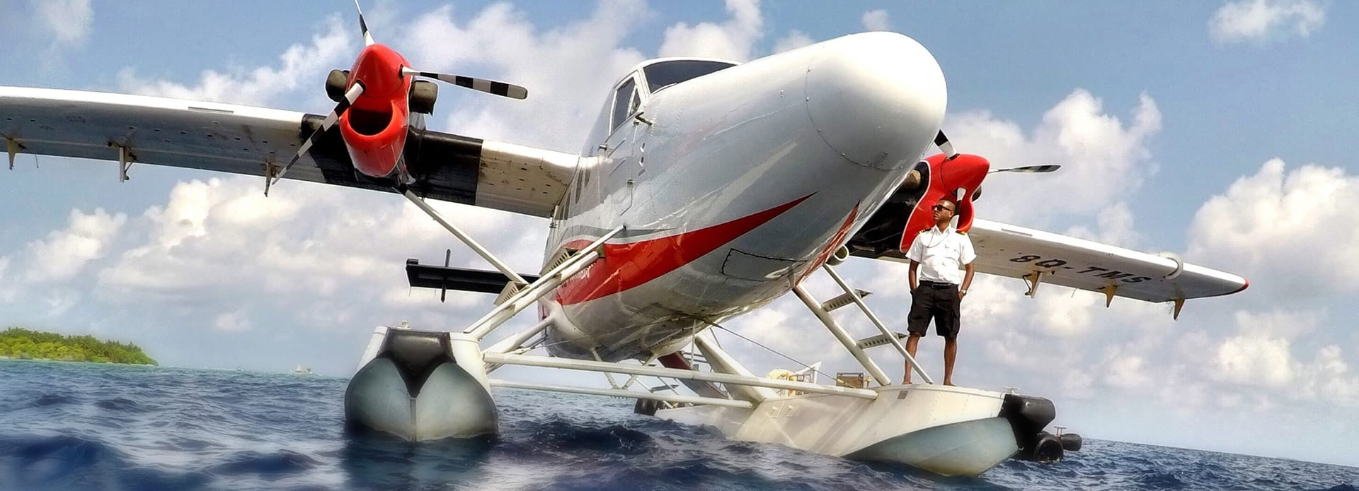 Viking Air float plane on water
